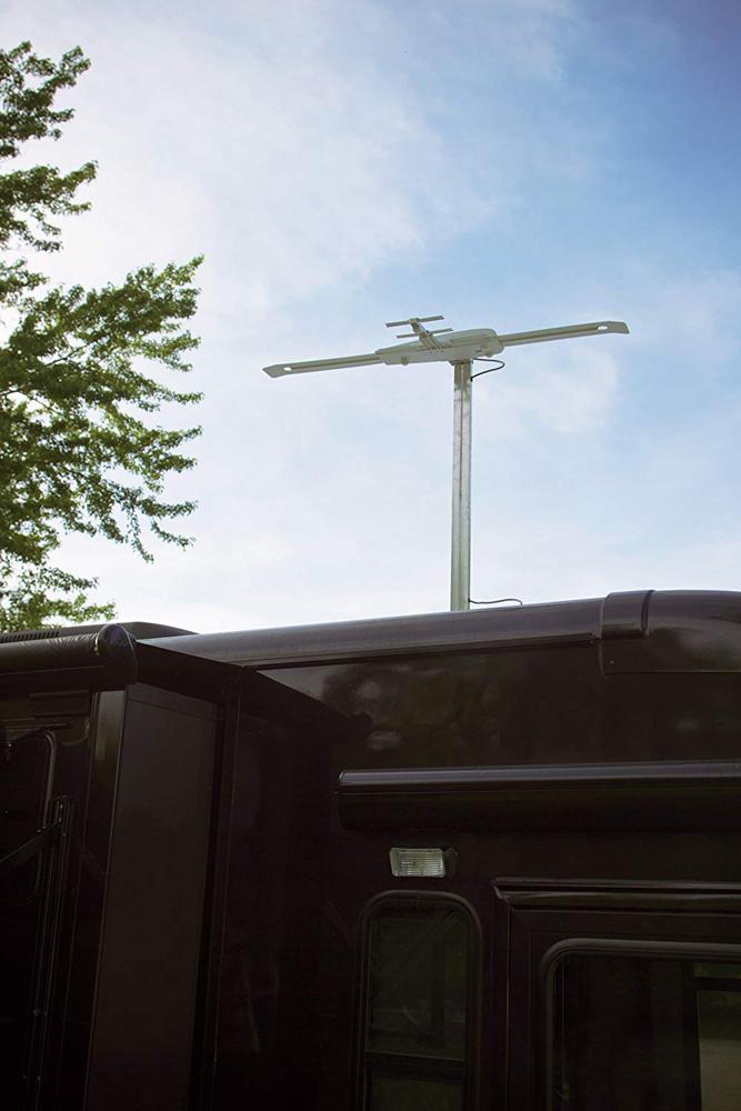 Sensar IV RV VHF/UHF HDTV Antenna | Winegard Company
